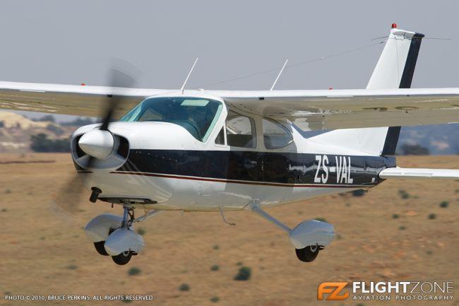 Cessna 177 Cardinal ZS-VAL Krugersdorp Airfield FAKR