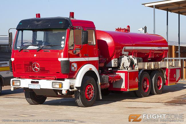 Mercedes Fire Truck / Water Tanker Wonderboom Airport FAWB
