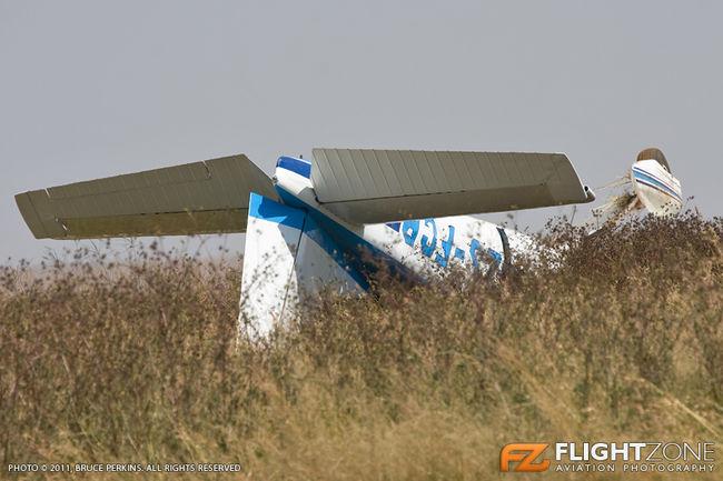 ZS-FCP Cessna 182 Bultfontein Airfield