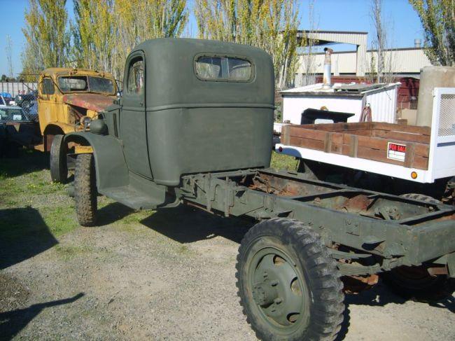 1 chevy ton truck: