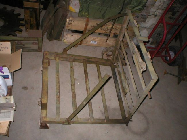 m2a1-luggage-rack2